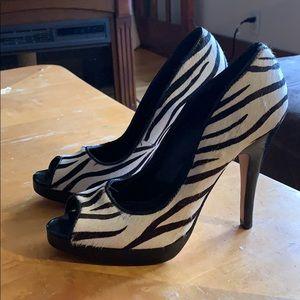 Aldo calf skin peep toe heels shoes size 7